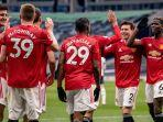 pemain-manchester-united-melakukan-selebrasi-di-liga-inggris-2020-2021.jpg