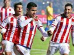 pemain-paraguay-derlis-gonzalez_20150628_083908.jpg