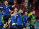 pemain-timnas-italia-melakukan-selebrasi-setelah-mengalahkan-austria-2-1.jpg