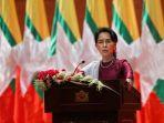 pemimpin-negara-myanmar-aung-san-suu-kyi_20170919_131701.jpg