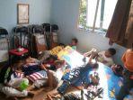 pengungsi-gempa-palu_20181004_092145.jpg