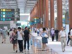 pengunjung-bandara-changi.jpg