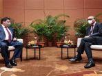 pertemuan-menteri-koordinator-bidang-perekonomian-airlangga-hartarto-dengan-menteri-singapura.jpg
