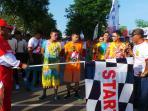 peserta-gerak-jalan-17-km_20160823_105039.jpg