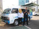 petugas-pelayanan-atb-mobile-payment_20180601_115200.jpg