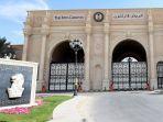pintu-gerbang-hotel-ritz-carlton-riyadh-arab-saudi_20171107_113855.jpg