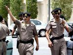 polisi-arab-saudi_20180422_122912.jpg