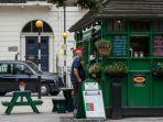 pondok-hijau-tempat-para-supir-taksi-hitam-london-beristiraha_20180514_142355.jpg