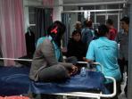pt-bintan-bersatu-apparel-bba-batam-dilarikan-ke-rumah-sakit-setelah-keracunan_20150606_090846.jpg