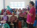 ratusan-guru-dari-perwakilan-sekolah-se-tanjungpinang_20161124_194621.jpg