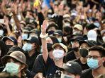 ribuan-orang-berkumpul-di-bangkok-untuk-memprotes-pemerintah-menyerukan-reformasi-monarki.jpg