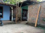 rumah-tempat-tinggal-ibu-kadarmono_20170713_095939.jpg