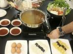sajian-menu-steamboat-ala-may-star-cuisine_20160304_232230.jpg