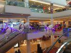salah-satu-ornamen-natal-yang-ada-di-mega-mall-batam-centre.jpg