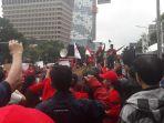 sejumlah-demonstran-pendukung-ahok-berorasi_20180226_131928.jpg