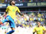 selebrasi-pemain-brazil-neymar_20180604_101747.jpg