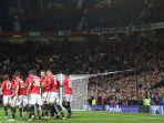 selebrasi-pemain-manchester-united_20170921_120207.jpg