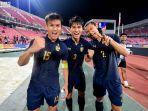 selebrasi-pemain-timnas-thailand-u23-setelah-pastikan-lolos-ke-perempat-final.jpg