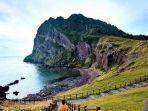 seongsan-ilchulbong-di-pulau-jeju-korea-selatan.jpg