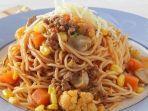 spagheti-siram-saus-daging.jpg