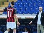 striker-ac-milan-asal-swedia-zlatan-ibrahimovic-berjalan-keluar-lapangan.jpg