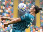 striker-ac-milan-asal-swedia-zlatan-ibrahimovic-kanan-mencetak-1-gol.jpg