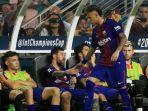 striker-fc-barcelona-neymar-bersalaman-dengan-lionel-messi_20170731_135134.jpg