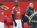 striker-manchester-united-asal-uruguay-edinson-cavani-kri-bersiap-masuk-lapangan.jpg