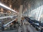 suasana-di-terminal-3-ultimate-bandara-soekarno-hatta_20160810_110445.jpg
