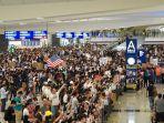 suasana-kerusuhan-di-bandara-internasional-hongkong.jpg