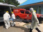 tim-medis-rsbp-batam-evakuasi-mayat-di-sekupang.jpg