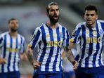 transfer-as-roma-gelandang-fc-porto-sergio-oliviera-merapat-ke-klub-jose-mourinho.jpg