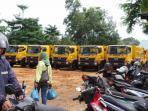 truk-sampah-dinas-keebrsihan-batam_20151031_100843.jpg