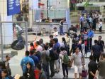 wartawan-di-bandara_20170222_012203.jpg