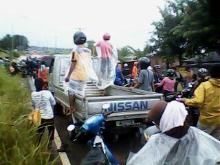 Jalan Seibinti Batuaji  Digenangi Air Hingga Sepinggang - IMG0473A.jpg
