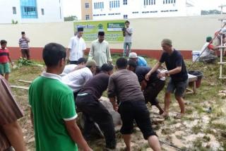 Tebar Qurban ke Pulau kerjasama BAZ dan Tribun Batam - baz_tribun0791_(3).JPG