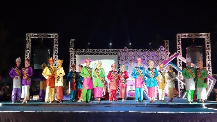 20 Finalis Bersaing di Malam Grand Final Bujang Dayang Belitung Timur