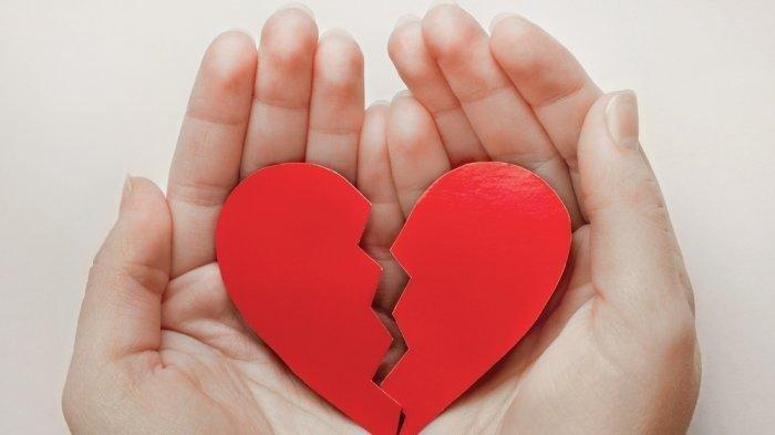 Ciri-ciri Mantan Pacar Masih Cinta, Cari Perhatian Hingga Berusaha Menghubungi Kamu