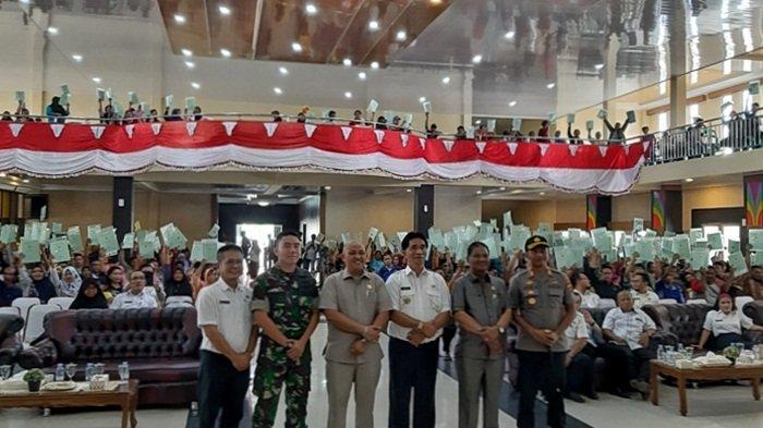 BPN Belitung Timur Bagikan 750 Sertifikat Tanah Program PTSL di Tiga Kecamatan