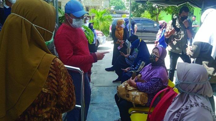 Tinjau Vaksinasi Covid-19 di Puskesmas Tanjungpandan, Gubernur Babel Kritisi Prioritas Penerima