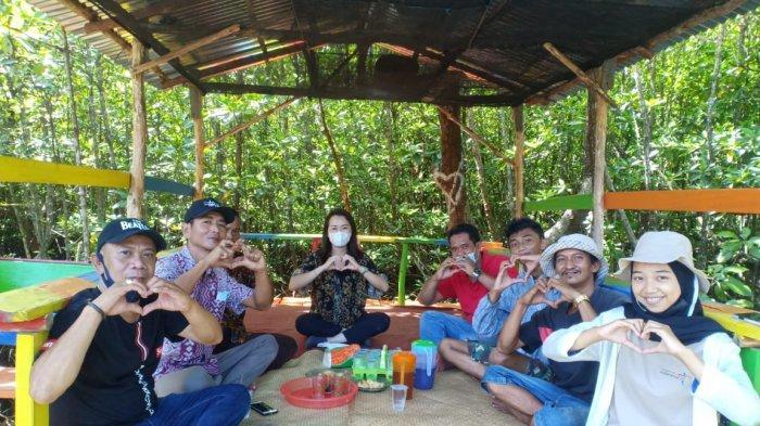Kunjungi Suak Parak Mangrove Park, Vina Cristyn Sarankan Pengelola dan Pemdes Bekerja Sama