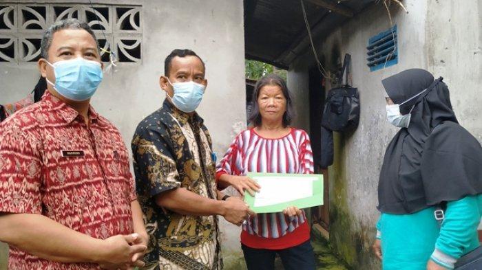Amoy, Wanita Terlantar Itu Kini Bisa Tinggal di Tempat Layak dan Punya Adminstrasi Kependudukan