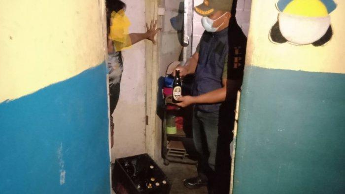 Tim Gabungan Belitung Timur Sita Satu Peti Bir di Warung Kopi di Mirang