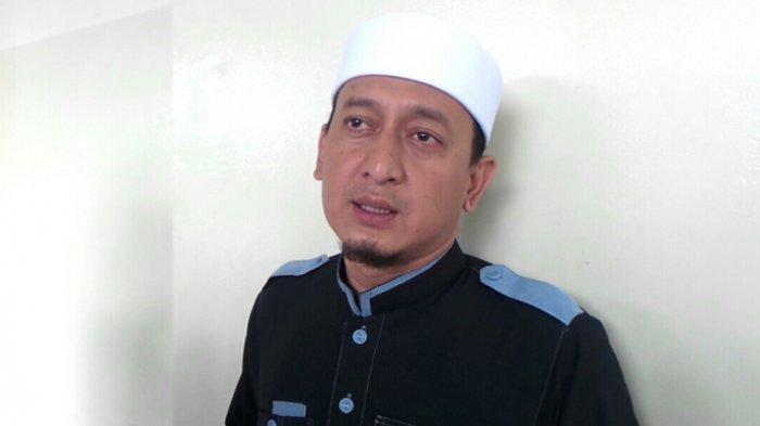 Ustaz Zacky Mirza Mendadak Hilang Kesadaran saat Ceramah, Hampir Tersungkur tapi Ditolong Pria Ini