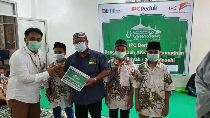 IPC Pelindo II Cabang Tanjungpandan Bagikan Ratusan Voucher Belanja