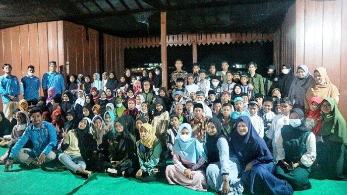 Gerakan Belitung Mengajar Bagikan 1.500 Nasi Kotak dan Takjil Juga Ajarkan Teladan Nabi
