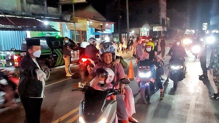 Bupati Belitung Timur Turun Tangan ke Tengah Jalan, Marahi Pengendara yang Tak Pakai Masker