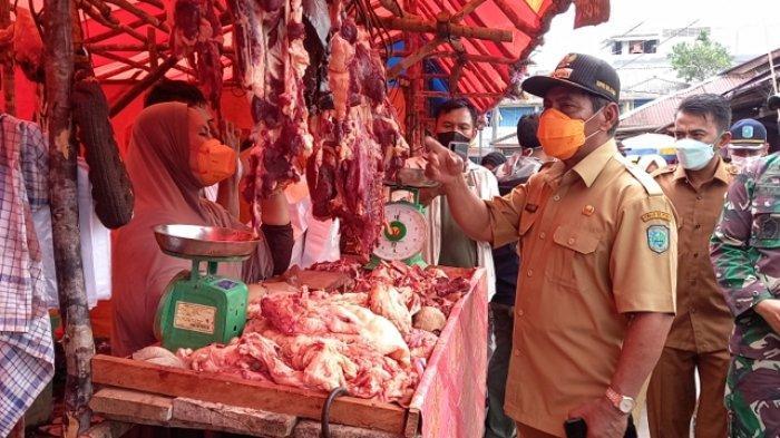 Forkopimda Belitung Tinjau Harga Daging di Pasar Tanjungpandan