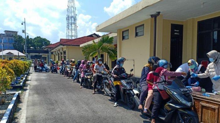 818 Kg Daging Sapi Ludes Terjual, Operasi Pasar Polres Belitung Hari Pertama
