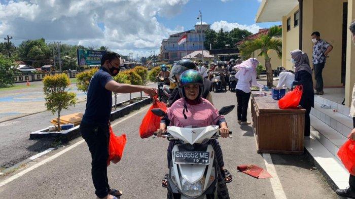 Meski Tidak Ramai, Operasi Pasar Daging Segar Polres Belitung Hari Kedua Tetap Ludes